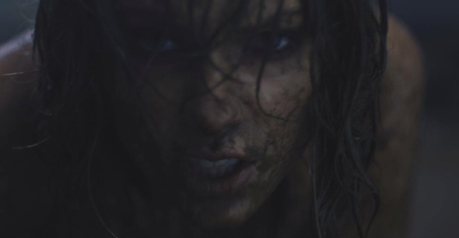 Тейлър Суифт в клипа си Out of the Woods